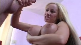 Extrem sex la care ia parte blonda nebuna